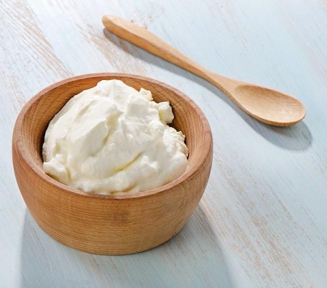 protein içeren yiyecek süzme yoğurt