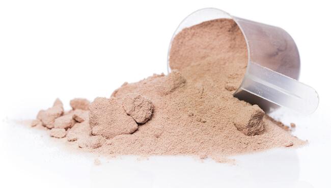protein tozu topaklanma yapar mı