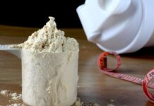 Kimler Protein Tozunu Süt Yerine Su ile Tüketmelidir?